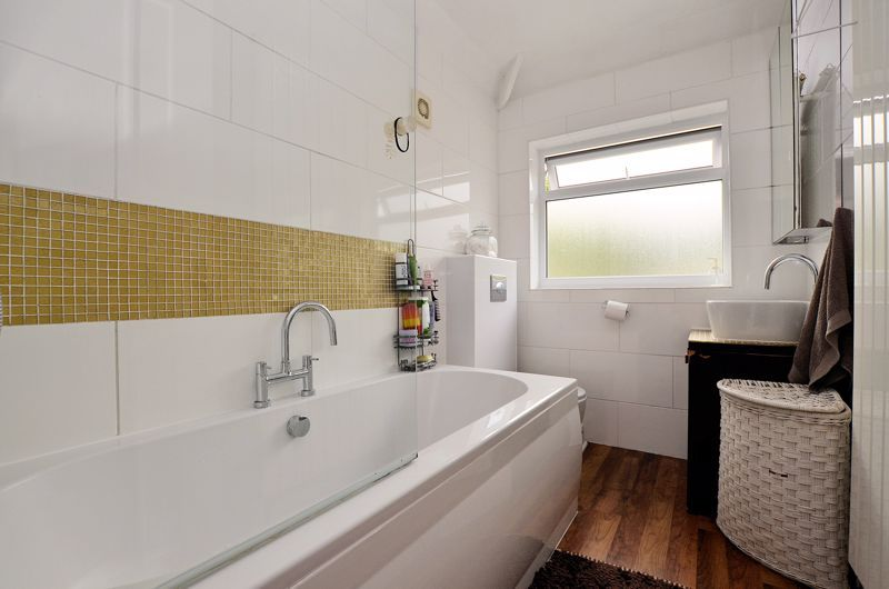 3 bed house for sale in Upper Meadow Road 7
