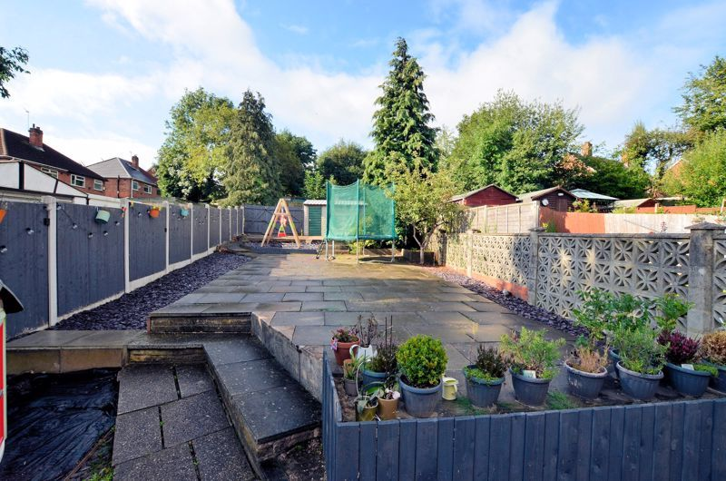 3 bed house for sale in Upper Meadow Road 8
