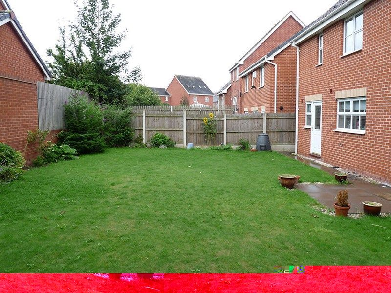 4 bed house to rent in Peartree Lane 19