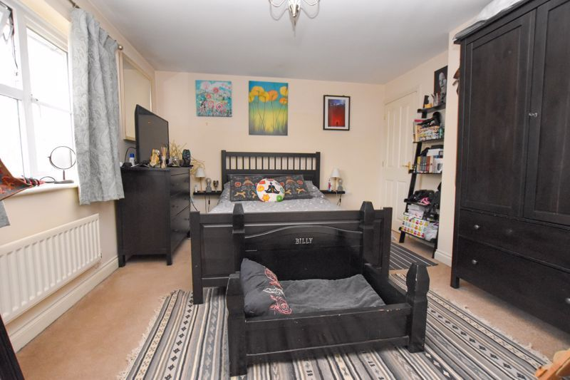4 bed house to rent in Peartree Lane 7