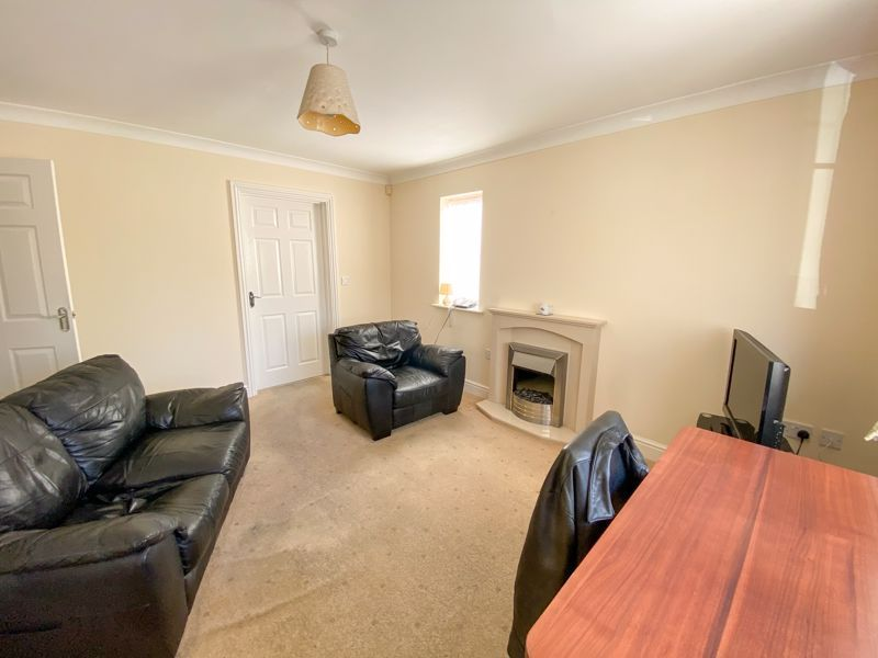 2 bed bungalow to rent in Lydate Road 6