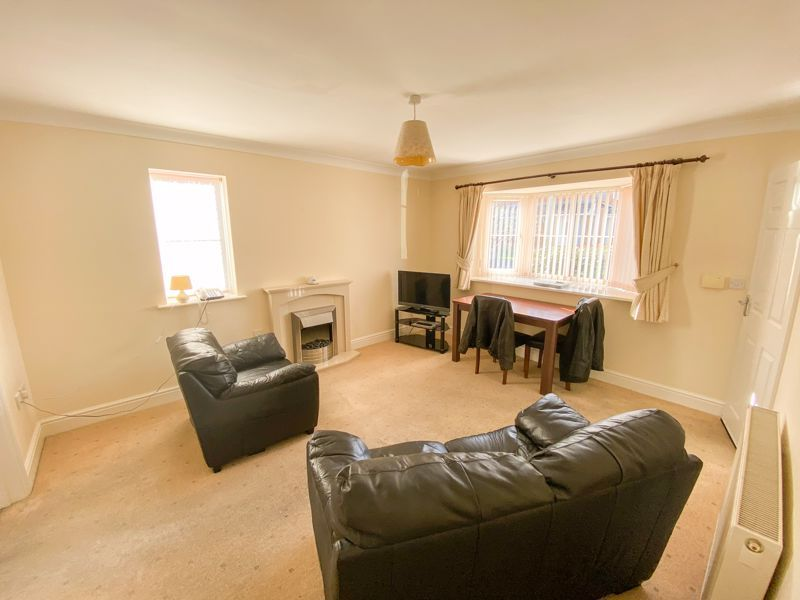 2 bed bungalow to rent in Lydate Road 10