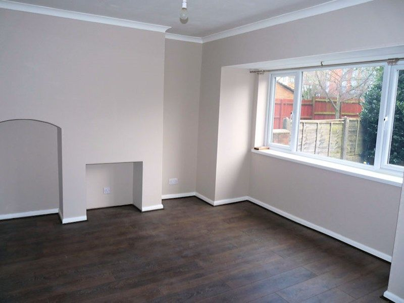 3 bed house to rent in Malvern Road 3