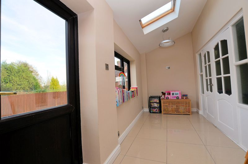 4 bed house for sale in Edenhall Road 15