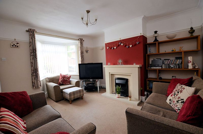 3 bed house for sale in Stanley Road 2