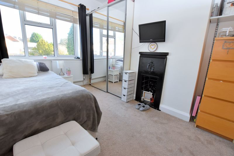 3 bed house for sale in Stanley Road  - Property Image 6