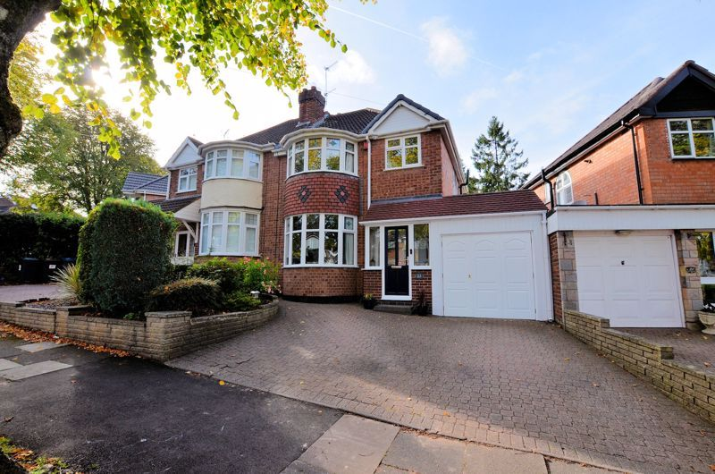 3 bed house for sale in Grayswood Park Road, B32