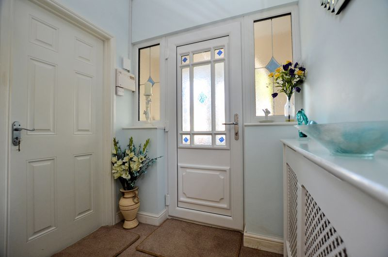 3 bed house for sale in Grayswood Park Road 11