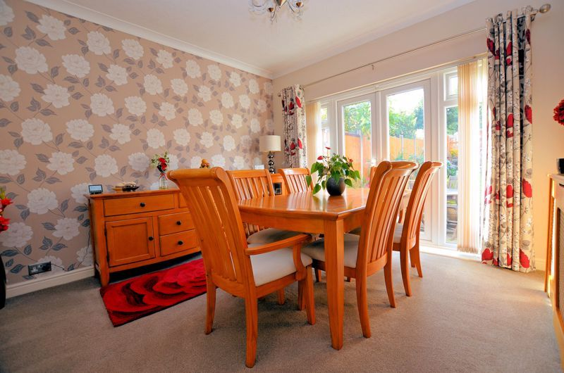 3 bed house for sale in Grayswood Park Road 13