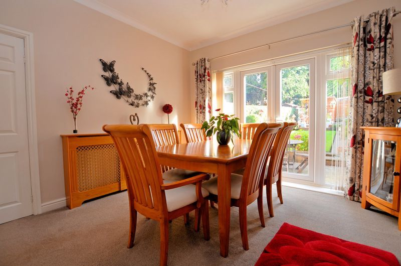 3 bed house for sale in Grayswood Park Road 3