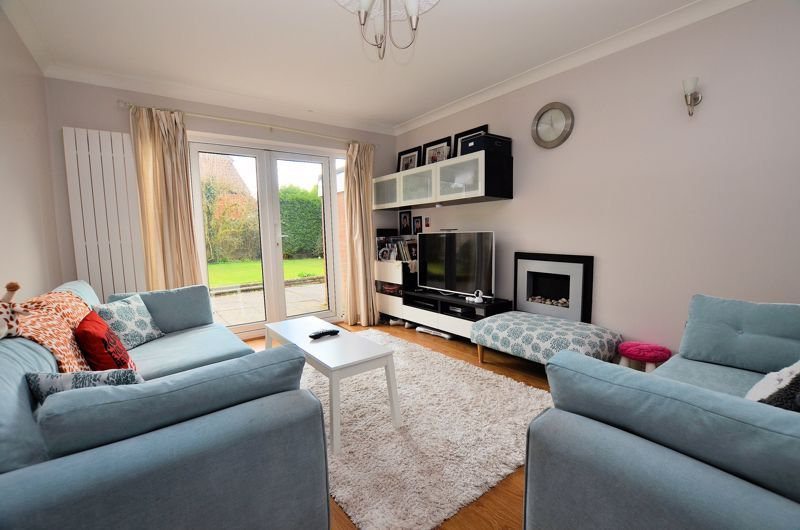 3 bed house for sale in Highfield Lane  - Property Image 2