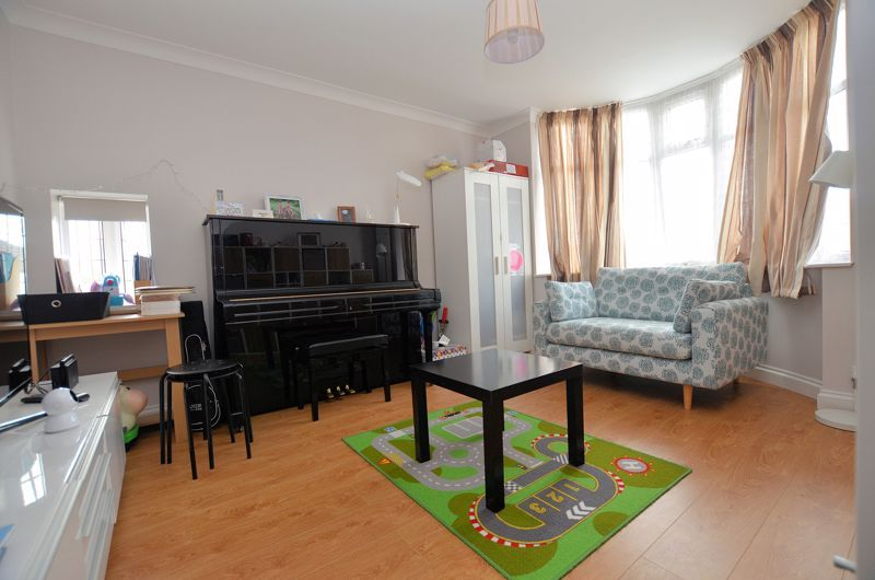 3 bed house for sale in Highfield Lane  - Property Image 3