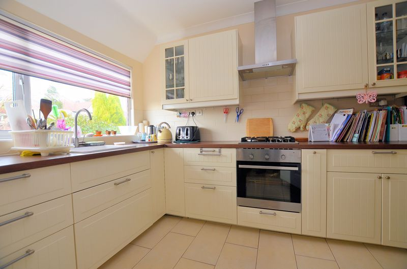 3 bed house for sale in Highfield Lane  - Property Image 4