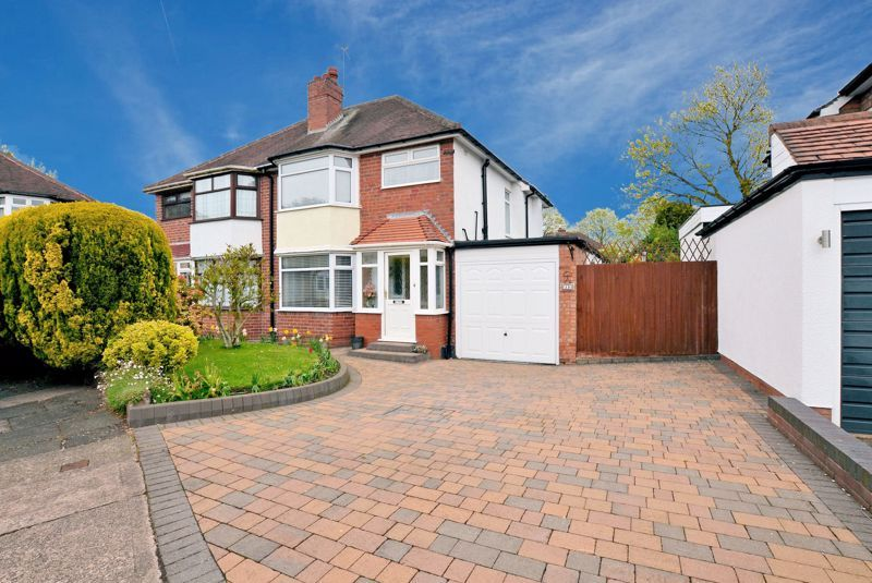3 bed house for sale in Conway Avenue  - Property Image 1