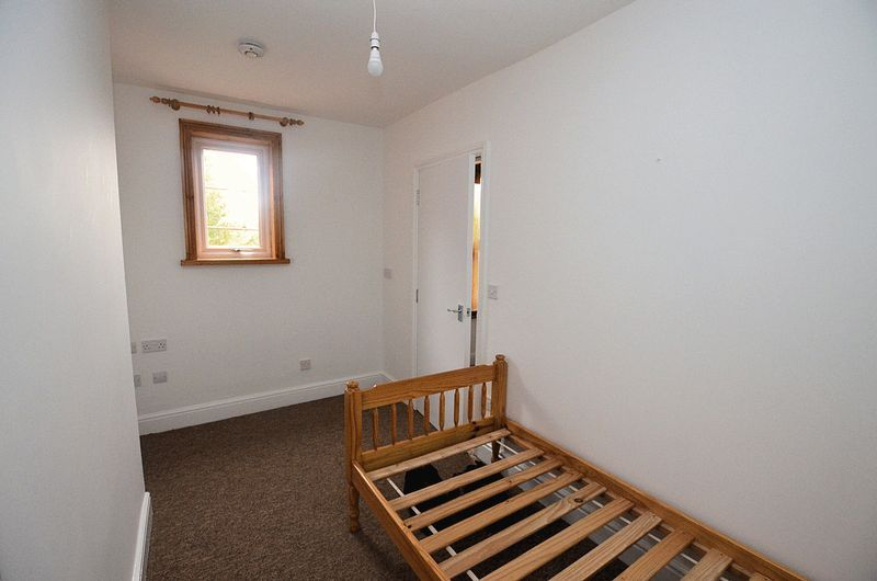 1 bed flat to rent in Stourbridge Road  - Property Image 6