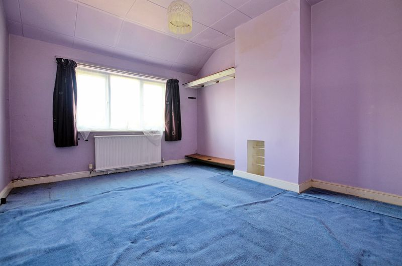 3 bed house for sale in Beechwood Road 6