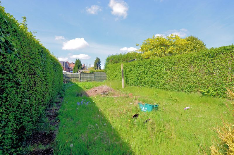 3 bed house for sale in Beechwood Road 8