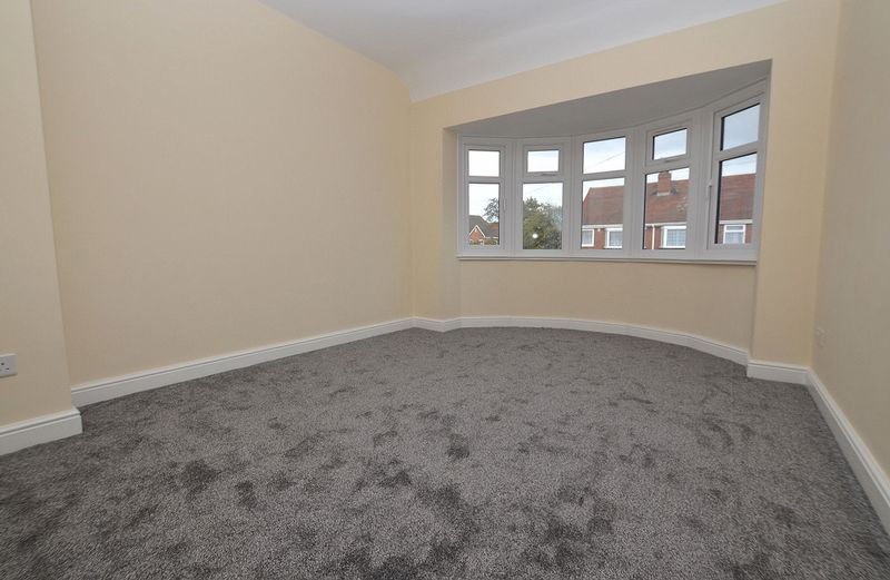 3 bed house for sale in Ashes Road 12