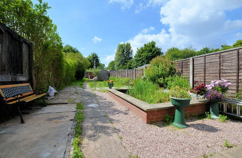 3 bed house for sale in Ashes Road 3