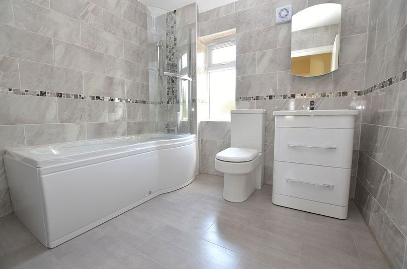 3 bed house for sale in Ashes Road 10
