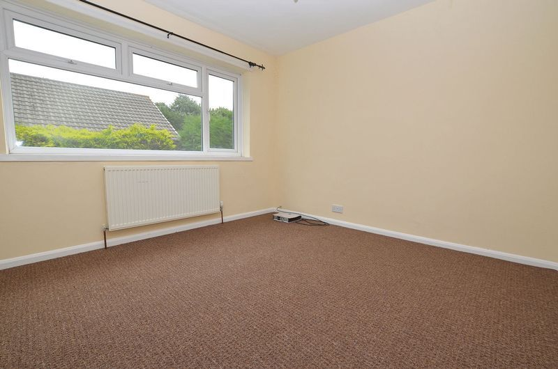 4 bed house to rent in Woodbury Road 12