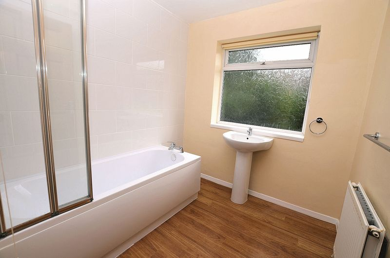 4 bed house to rent in Woodbury Road  - Property Image 13