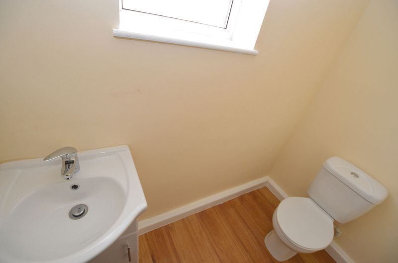 4 bed house to rent in Woodbury Road  - Property Image 14