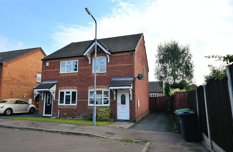 2 bed house to rent in Bristam Close 1