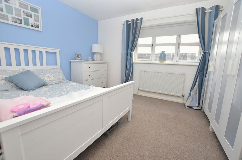2 bed house to rent in Bristam Close 6