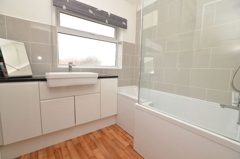 3 bed house to rent in Whitley Court Road  - Property Image 3