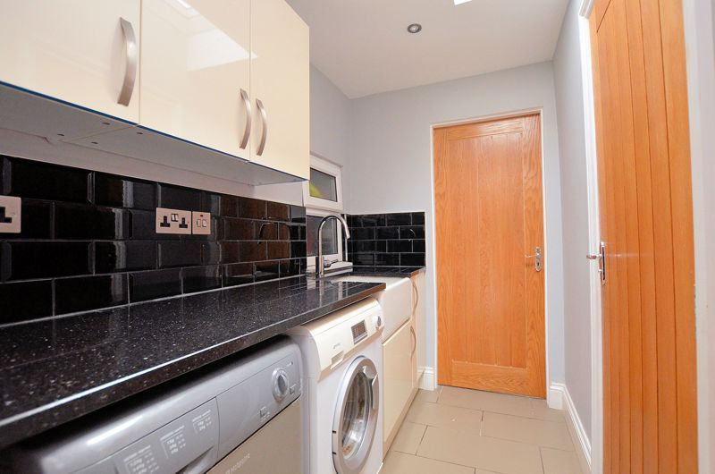 5 bed house for sale in Gillott Road  - Property Image 23