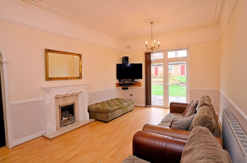 5 bed house for sale in Gillott Road  - Property Image 5