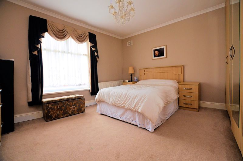 5 bed house for sale in Gillott Road 7
