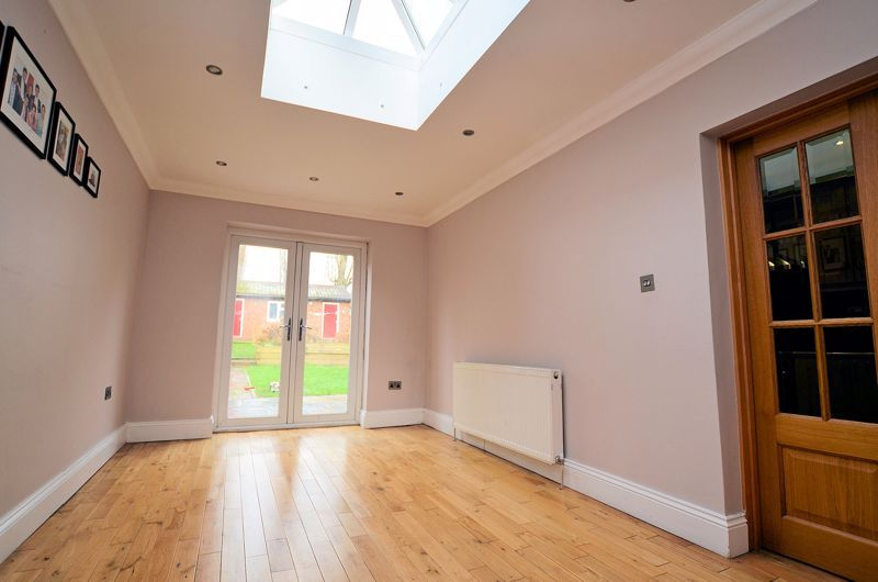 5 bed house for sale in Gillott Road  - Property Image 9