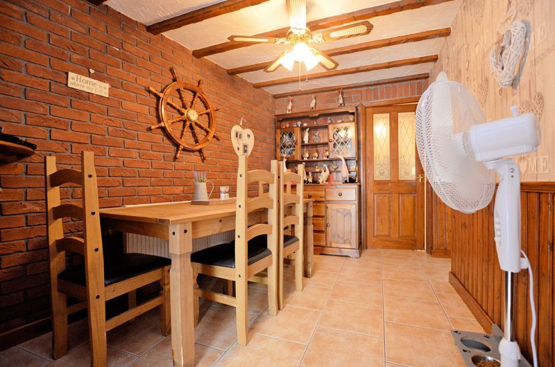 3 bed house for sale in Broadway Croft 11