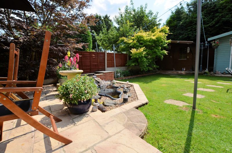 3 bed house for sale in Broadway Croft 17