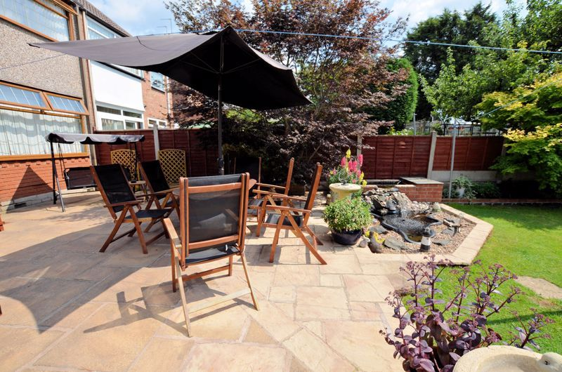 3 bed house for sale in Broadway Croft 18