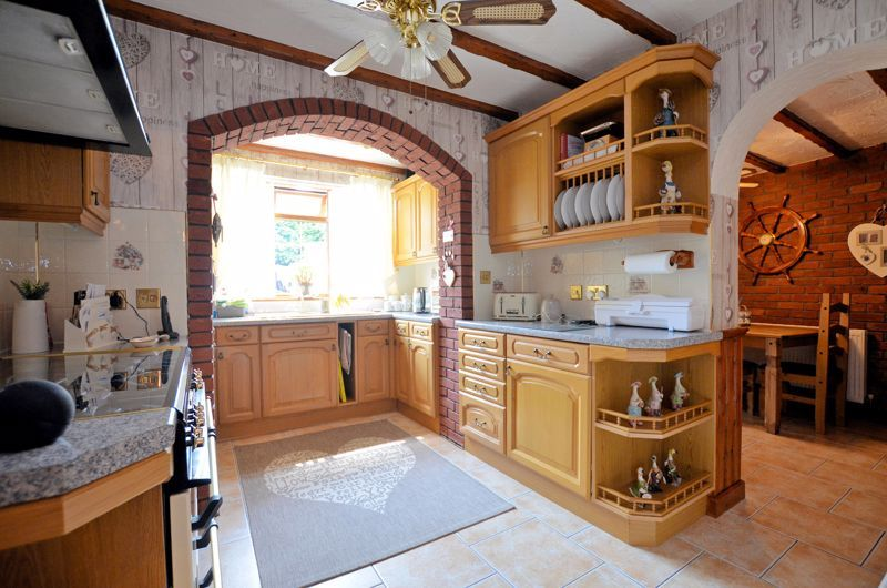 3 bed house for sale in Broadway Croft 3