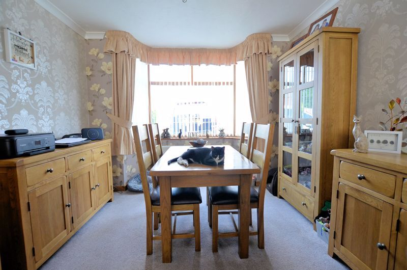3 bed house for sale in Broadway Croft 4
