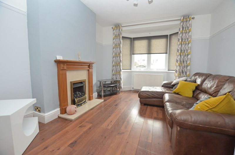 3 bed house to rent in Stourbridge Road 3