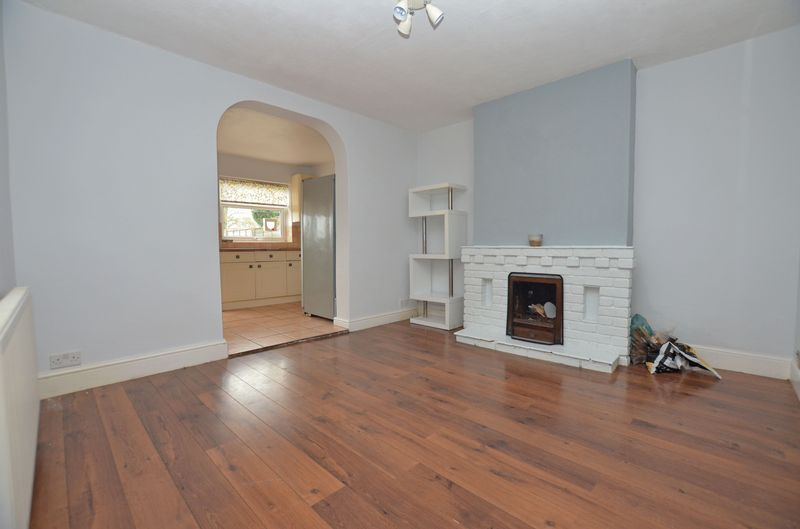 3 bed house to rent in Stourbridge Road  - Property Image 4
