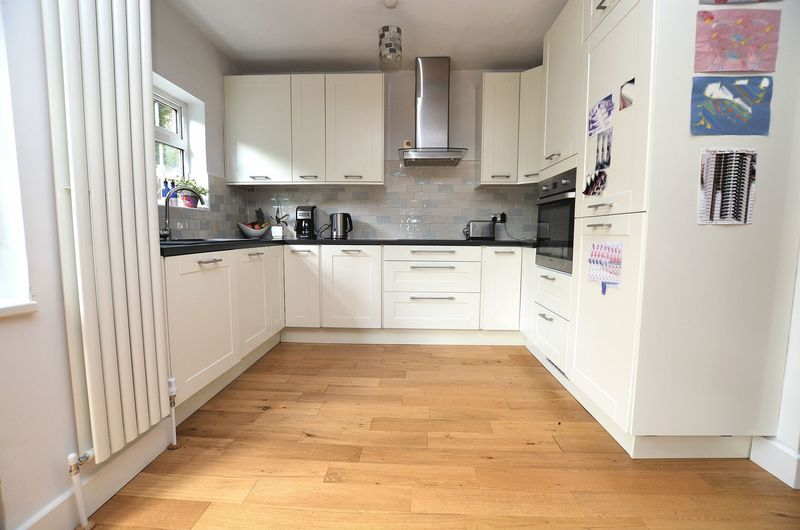 3 bed house to rent in Hagley Road West 3