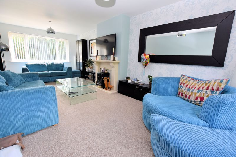 3 bed house for sale in Wolverhampton Road 5