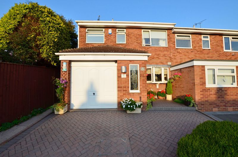 3 bed house for sale in Chichester Drive - Property Image 1