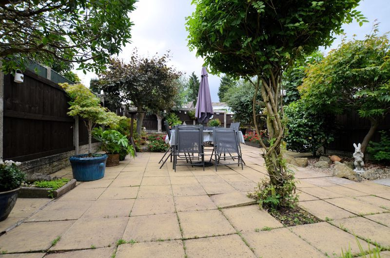 3 bed house for sale in Chichester Drive 12