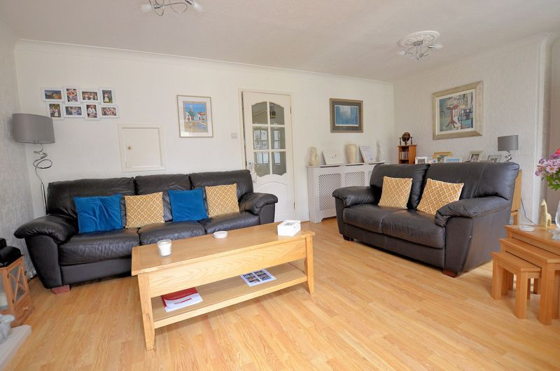3 bed house for sale in Chichester Drive  - Property Image 15
