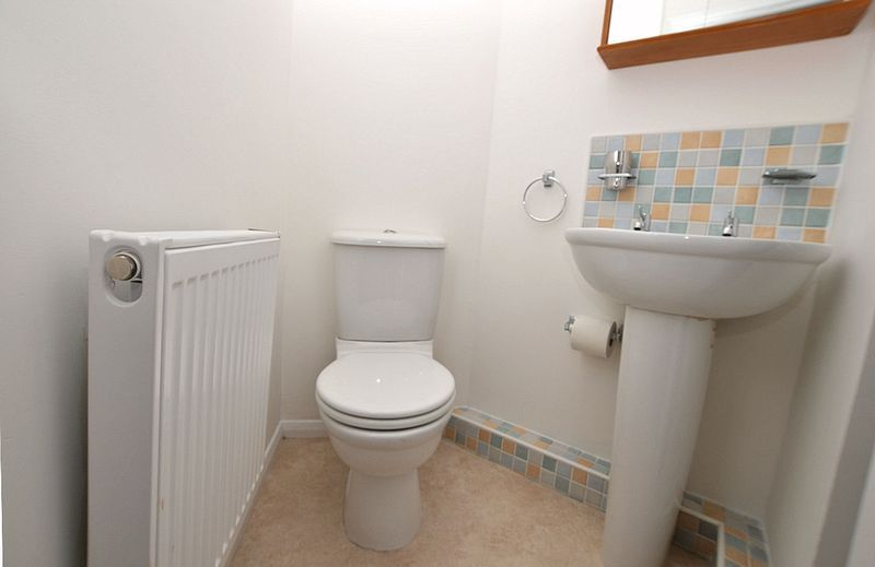 3 bed house for sale in Hurst Green Road  - Property Image 12