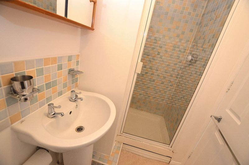 3 bed house for sale in Hurst Green Road  - Property Image 13
