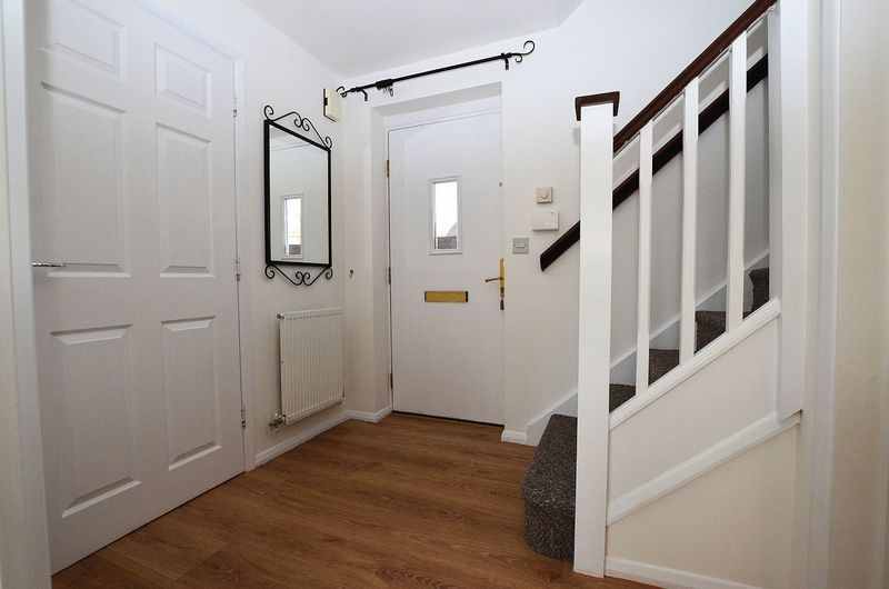 3 bed house for sale in Hurst Green Road 6