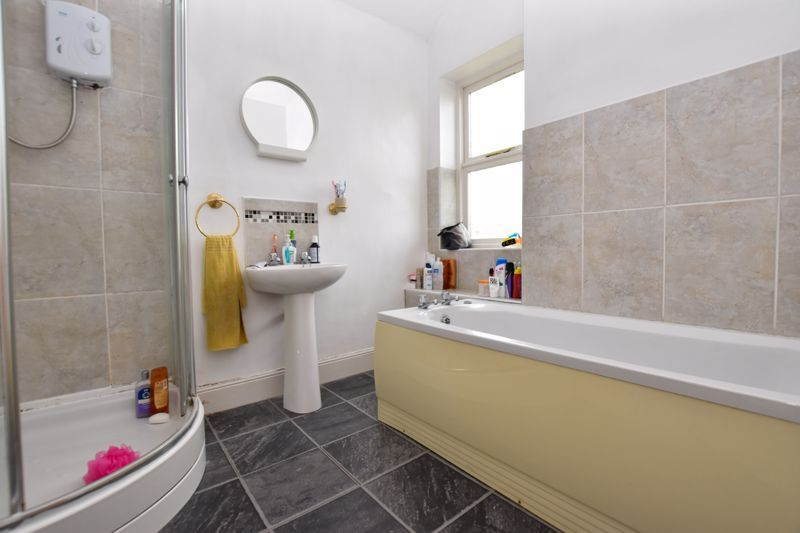 2 bed house to rent in Milcote Road  - Property Image 13